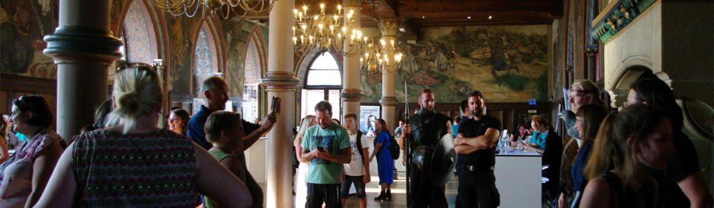 Autogrammstunde im Rittersaal (Foto: Christiane Steinwascher)