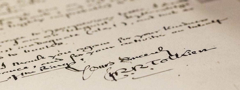 Tolkiens Schreibstil und seine überzeugende Tiefe